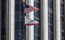 Armando bandiere americane